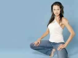 angelina-jolie-pack-3-29