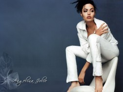 angelina-jolie-pack-3-37