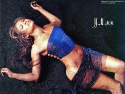 Jennifer_Lopez_2130294509PM106-1