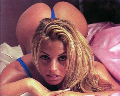 Trish Stratus ready 4 Doggy Style