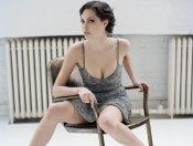 www.girls-hq.com_452_angelina_jolie