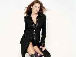www.girls-hq.com_486_kelly_brook
