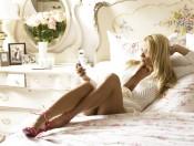 www.girls-hq.com_506_pamela_anderson