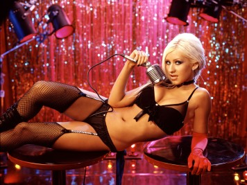 www.girls-hq.com_515_christina_aguilera