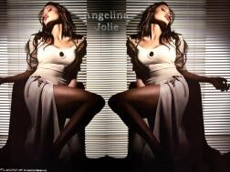 angelina_jolie_113