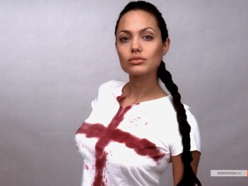 kinopoisk.ru-Angelina-Jolie-155144_1024