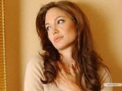 kinopoisk.ru-Angelina-Jolie-237505_1024