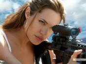 kinopoisk.ru-Angelina-Jolie-385292_1024