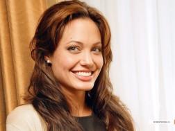 kinopoisk.ru-Angelina-Jolie-427209_1024