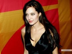 kinopoisk.ru-Angelina-Jolie-427461_1024