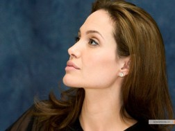 kinopoisk.ru-Angelina-Jolie-722852_1024