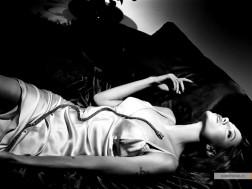 kinopoisk.ru-Angelina-Jolie-756111_1024